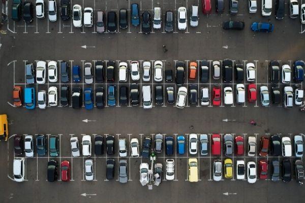 100 Spot Parking Lot